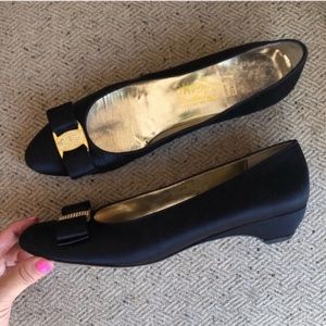 Salvatore Ferragamo Satin Bow Low Heels